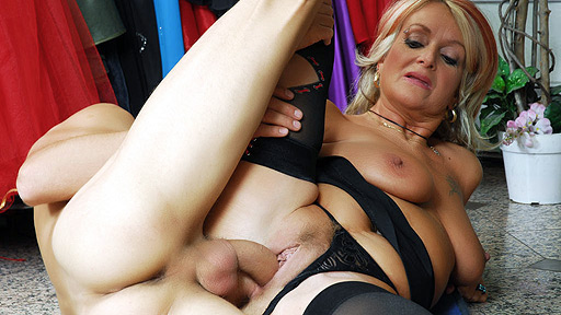 Granny Joanna Depp Spreads For Young Cock